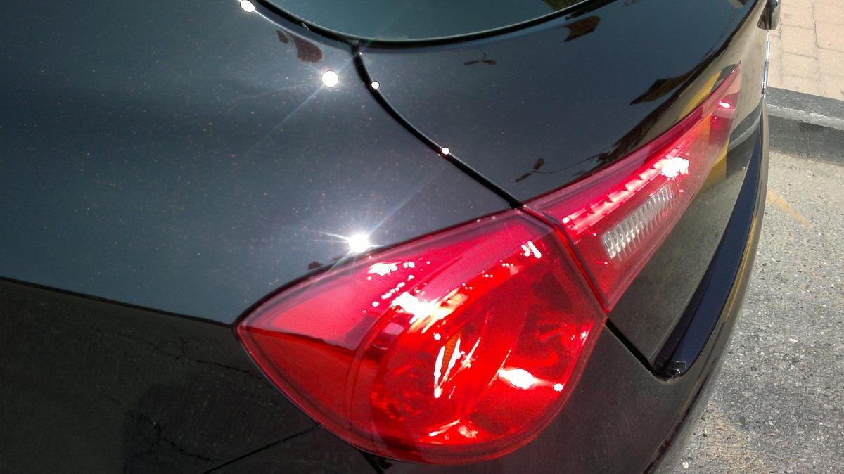 Ologrammi su auto nera - Pagina 2 2012-013