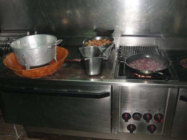 [Dimanche 11 juillet 2010] REPAS DES CHEFS A LA TABLE DES GOURMETS Dsc01913