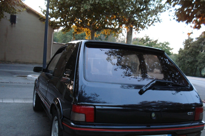 [herve13] 205 GTI 1.9L 130cv Noir Onyx 1992 Dsc04217