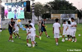 ريال مدريد يفتتح مدرسة لكرة القدم في دبي  Escuel11