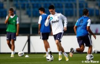 تدريبات ريال مدريد اليوم بقيادة مورينهو (صور)   Entren15