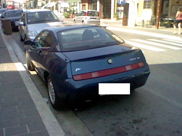 Avvistamenti auto rare non ancora d'epoca - Pagina 40 Alfa_r13
