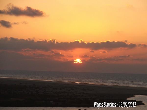 [nos beaux pays : la France, le Maroc et .....  le Monde] Couchers de soleil - Page 3 098810