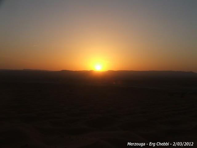 [nos beaux pays : la France, le Maroc et .....  le Monde] Couchers de soleil - Page 2 155010