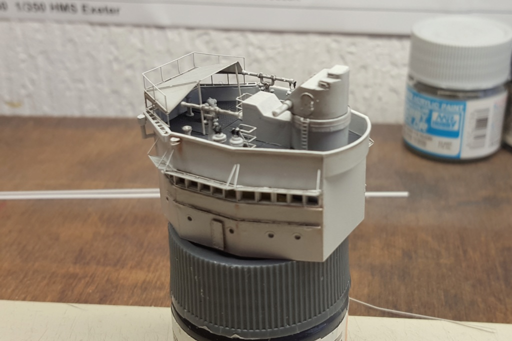 HMS Exeter 1939 + Set PE ShipYard au 1/350 - Page 2 20191141