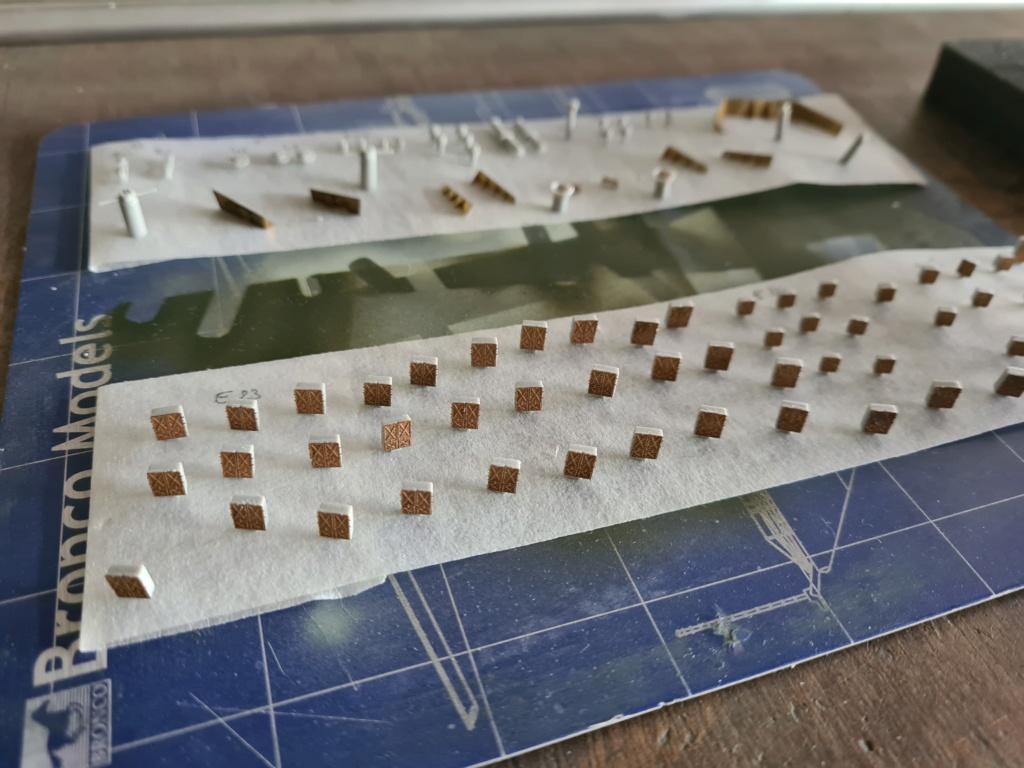 HMS HOOD 1/350 Trumpeter + PE... - Page 2 20200926