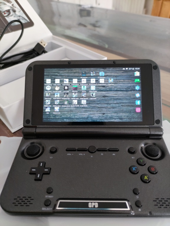 GPD XD + avec micro sd 200go 111