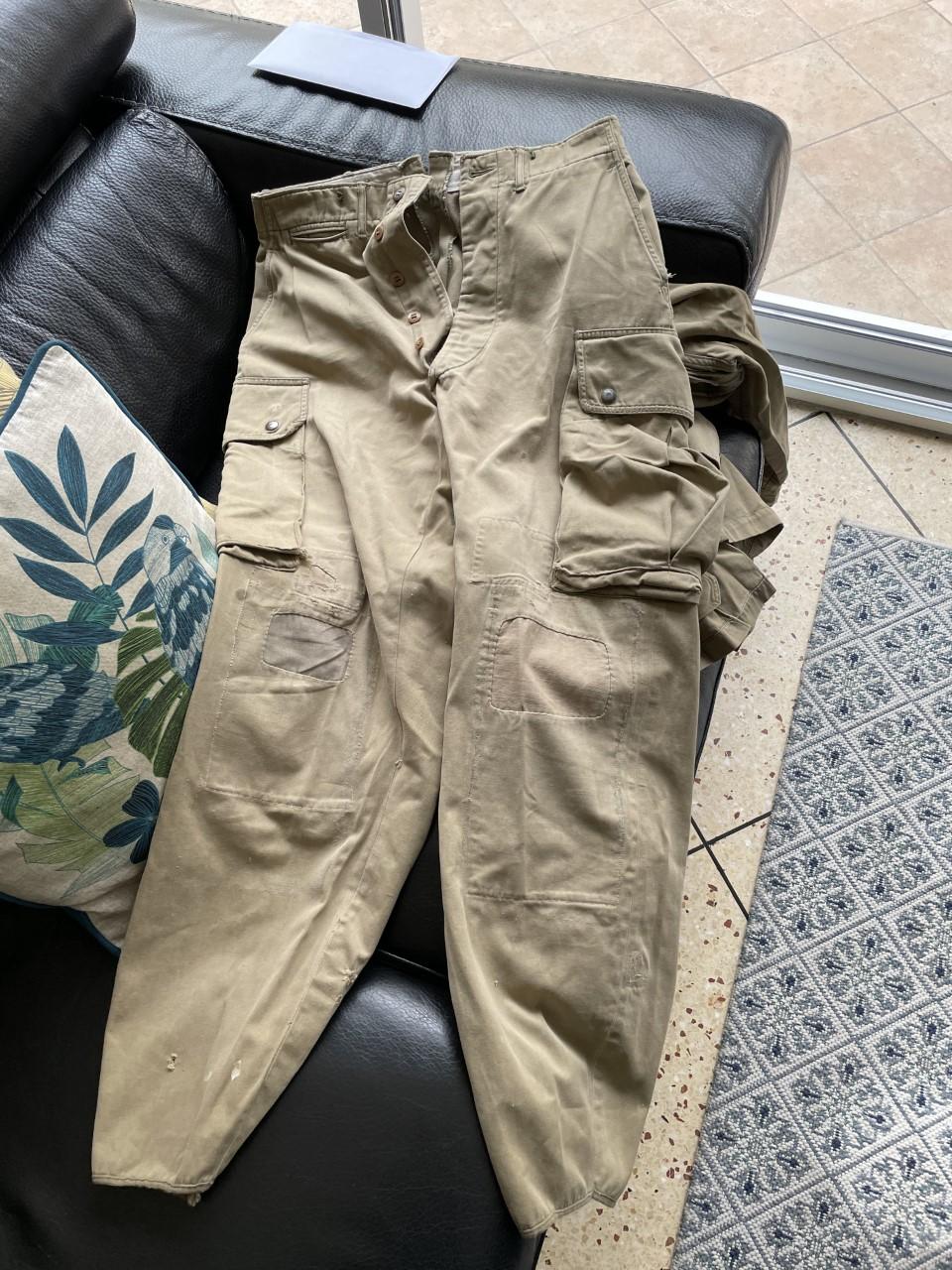 Un pantalon us m42 Thumb151