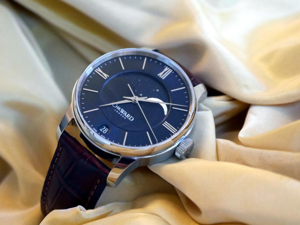 ward - [VENDU] Christopher Ward C9 Moonphase bleue - 850.00 € Moonph10