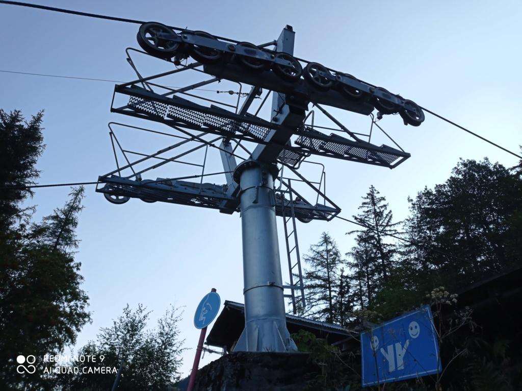 Télésiège à attache fixe 2 places (TSF2) de Glacier Bossons Img_2017