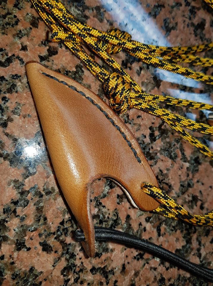 Du cuir pour vos Longbow 43433810