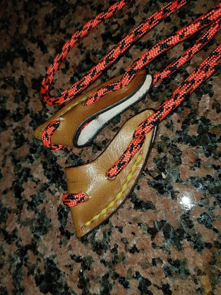 Du cuir pour vos Longbow 43551110