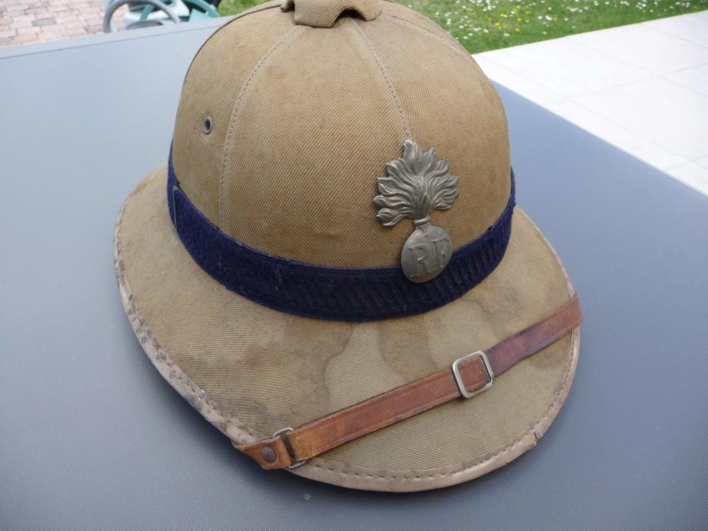 Estimation casque colonial gendarmerie?? P1240470