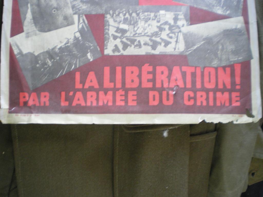 """affiche """" rouge """" des libérateurs ?  Imgp0071"""