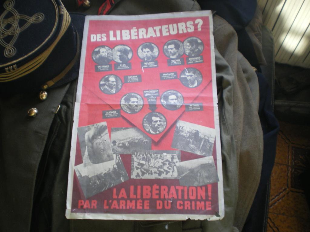 """affiche """" rouge """" des libérateurs ?  Imgp0072"""