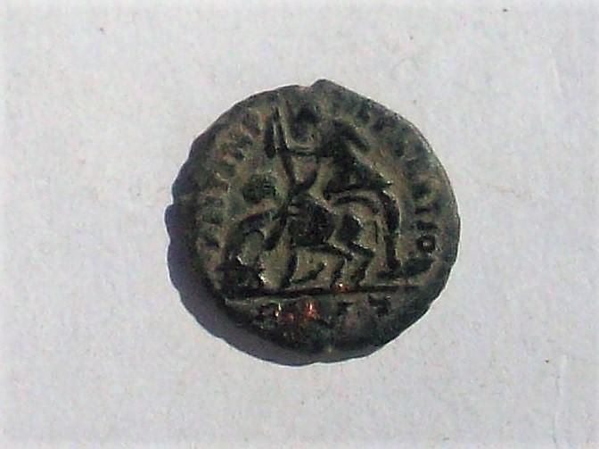 AE3 de Constancio II. FEL TEMP - REPARATIO. Soldado romano alanceando a jinete caído. Roma. 102_4636
