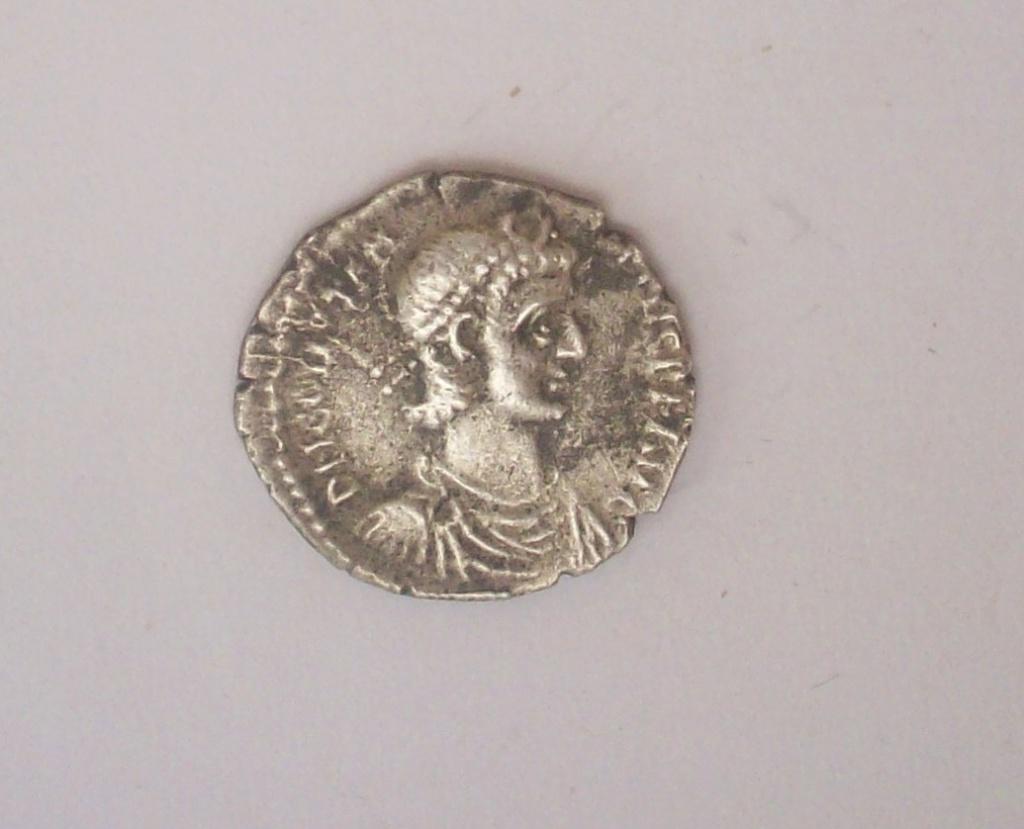 Siliqua engendro. Constancio II de anv. y Gordiano III de rev. Falsificación 102_4820