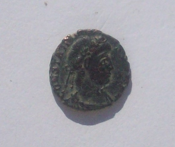 AE4 de Constancio II. VICTORIAE DD AVGG Q NN 102_4828