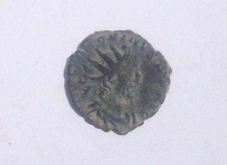 Antoniniano de Victorino. VIRTVS AVG. Trier 102_5033