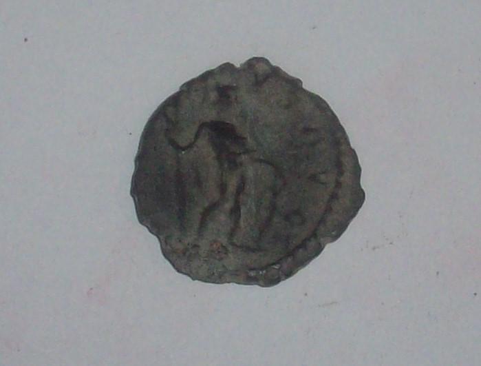Antoniniano de Victorino. VIRTVS AVG. Trier 102_5034