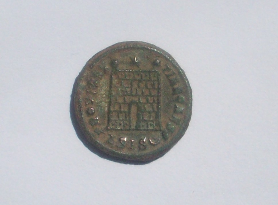 AE3 de Constancio II. PROVIDENTIAE  CAESS. Siscia 102_5113