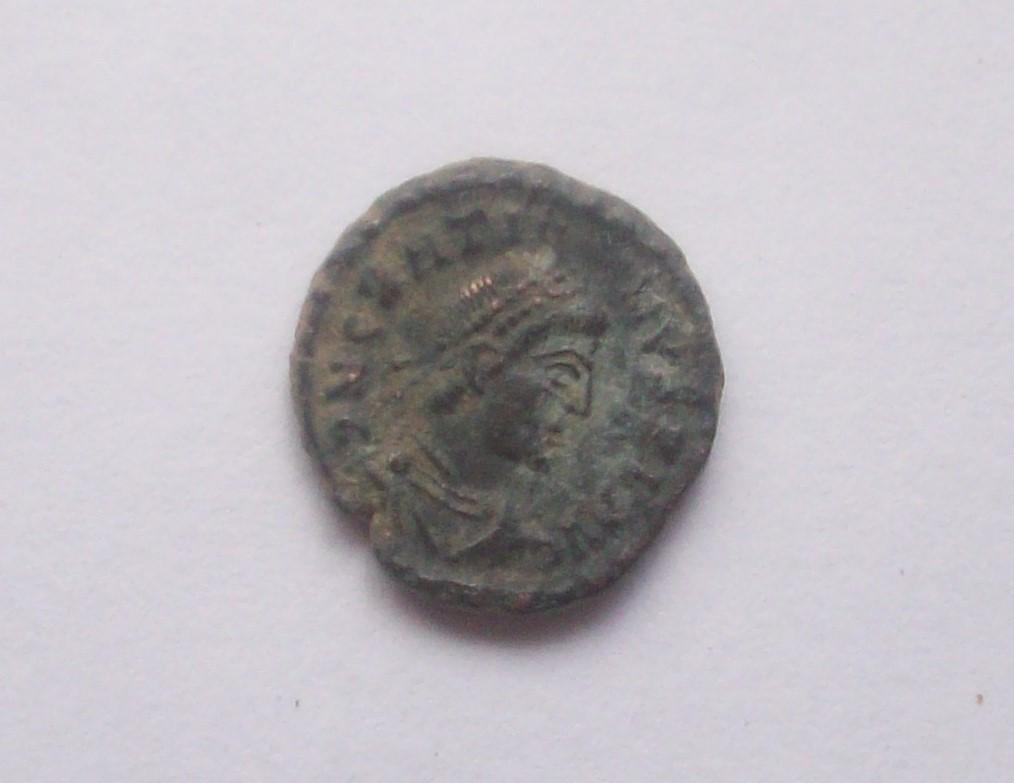 AE4 de Graciano. VOT/XV/MVLT/XX. Constantia/Arles. 102_5158