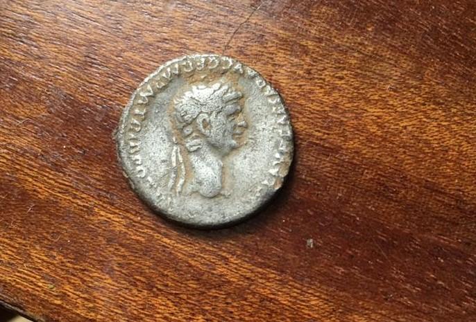 Denario de Claudio I. NERO CLAVD CAES DRVSVS GERM PRINC IVVENT• Cabeza de Nerón. Roma 127
