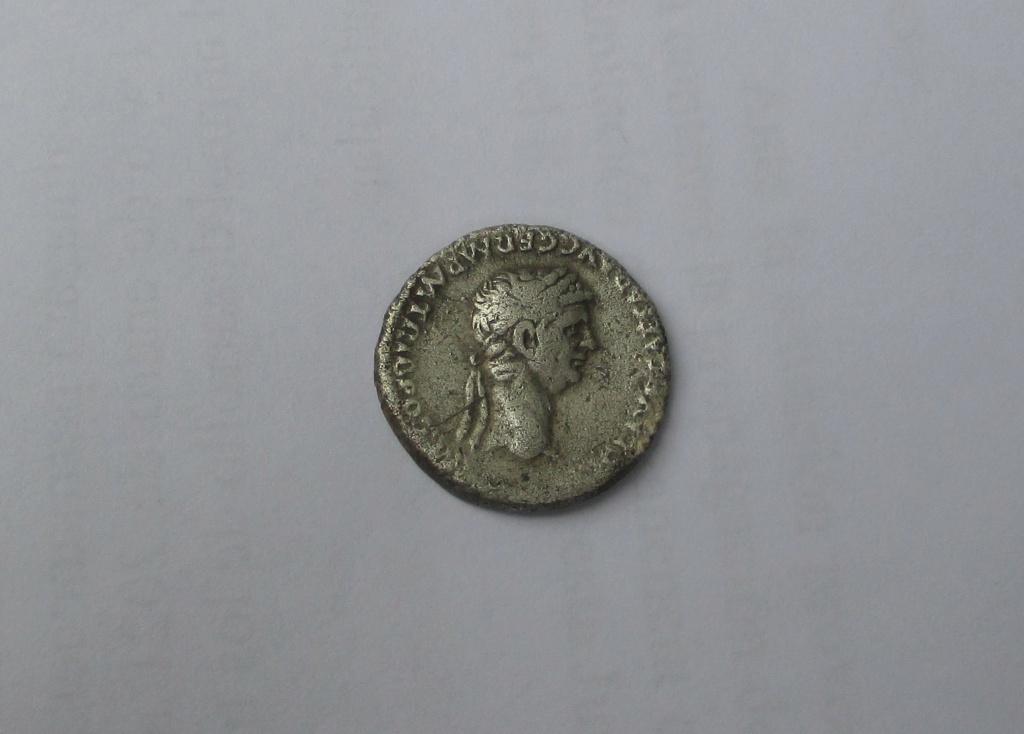 Denario de Claudio I. NERO CLAVD CAES DRVSVS GERM PRINC IVVENT• Cabeza de Nerón. Roma 129