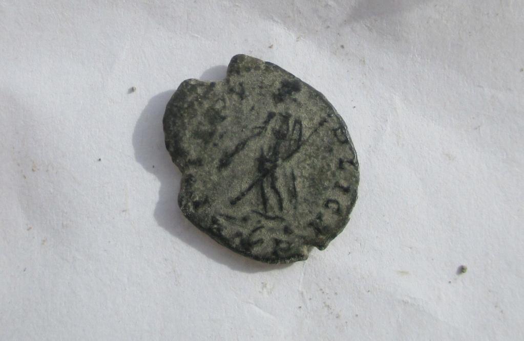 AE3 de Elena. PAX PVBLICA. Roma 215