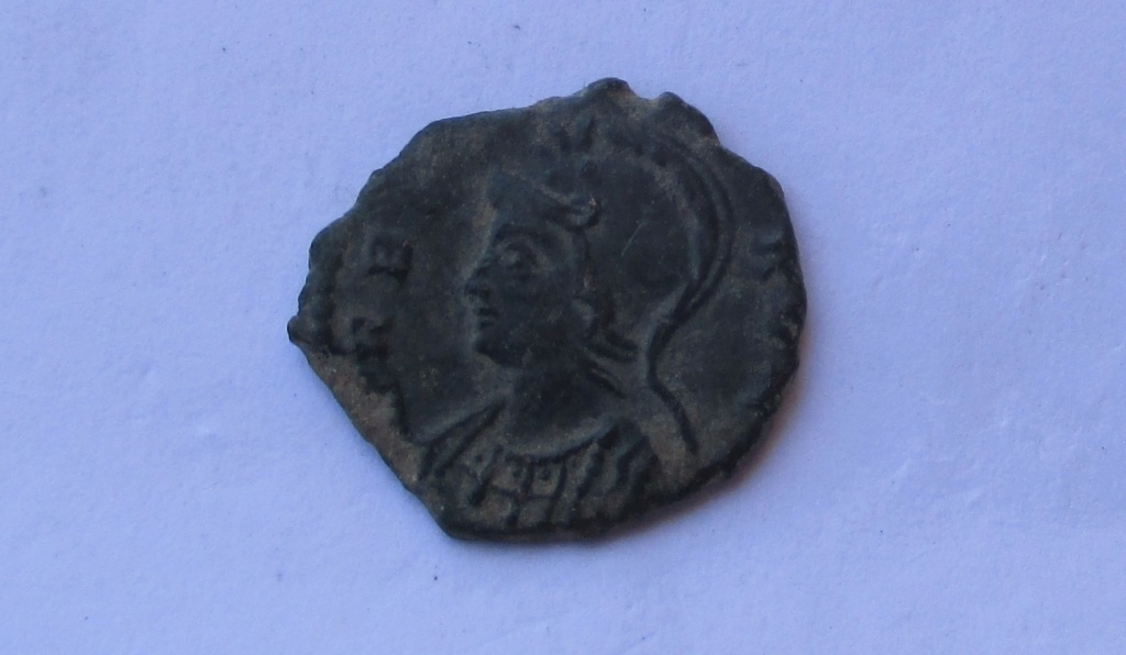 AE3 Conmemorativa de Roma. VRBS ROMA. Roma 311