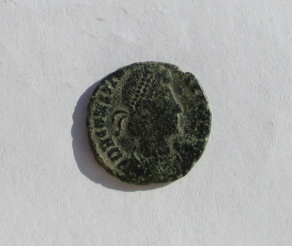 AE3 de Constancio II. FEL TEMP REPARATIO. Img_1129