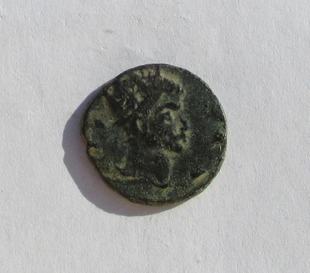 Antoniniano imitativo de Claudio II. PROVIDENTIA AVG Img_1133