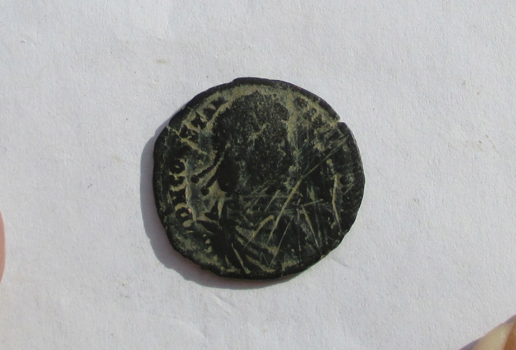 "AE3 de Constancio II. FEL TEMP REPARATIO. ""matao"". ¿Arlés? Img_1154"