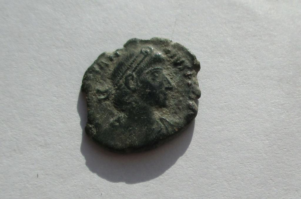 AE3 de Constancio II. FEL TEMP REPARATIO. Roma? Img_1640