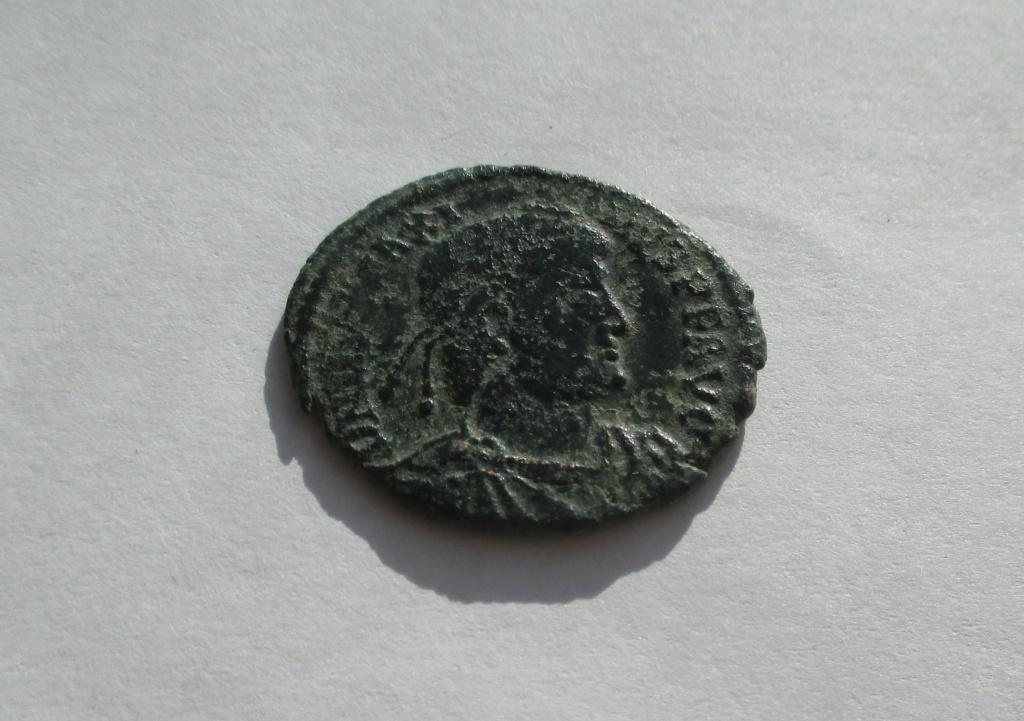AE2/Maiorina de Magno Máximo. REPARATIO REIPVB. Lyon Img_1648