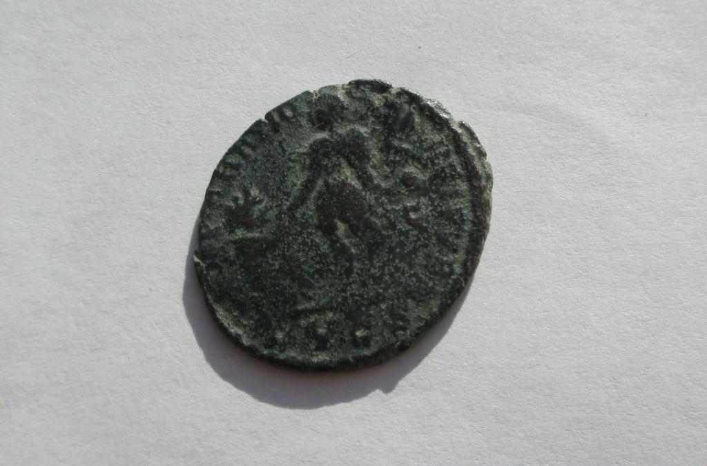AE2/Maiorina de Magno Máximo. REPARATIO REIPVB. Lyon Img_1649