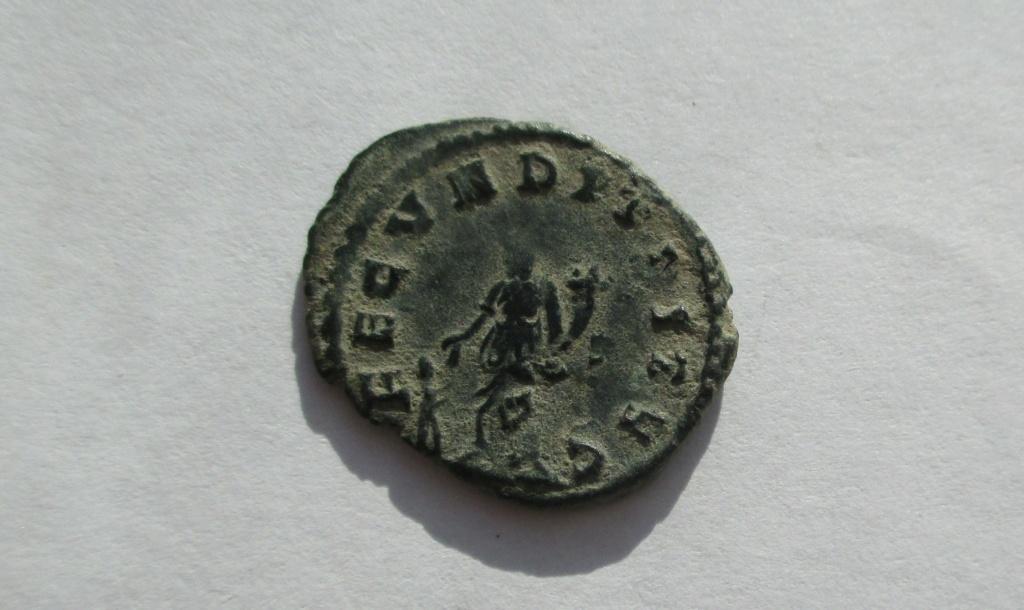 Antoniniano híbrido de Galieno. FECVNDITAS AVG. Roma Img_1749