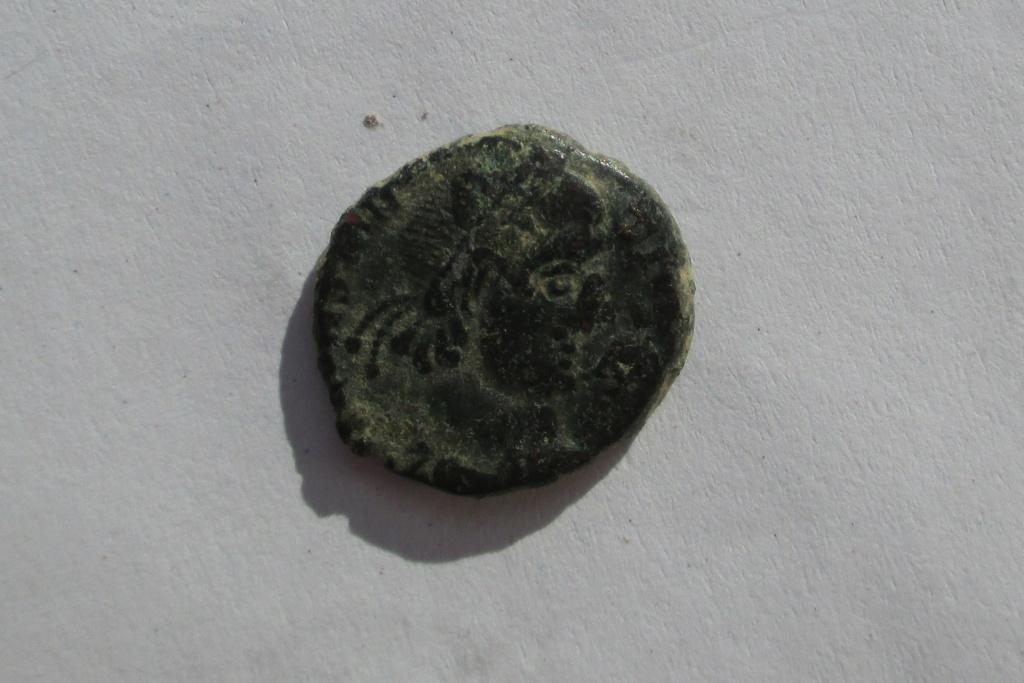 AE3 de Constancio II. FEL TEMP REPARATIO Img_1822