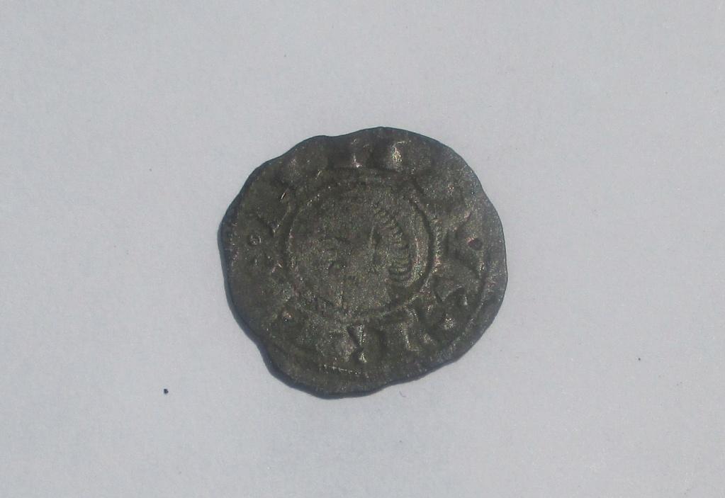 Dinero pepión de Alfonso VIII. Img_2610