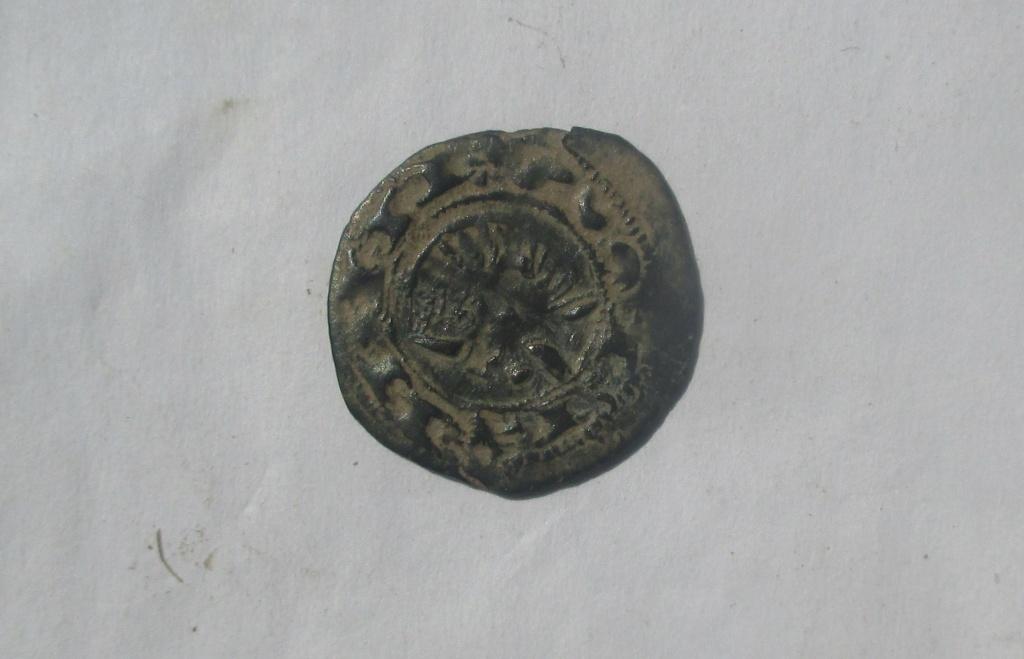 Dinero pepión de Alfonso VIII. ¿Repintado? Img_2719