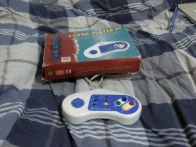 [EST]diverses (livres , jeux , consoles , accessoires , goodies ) Manett12
