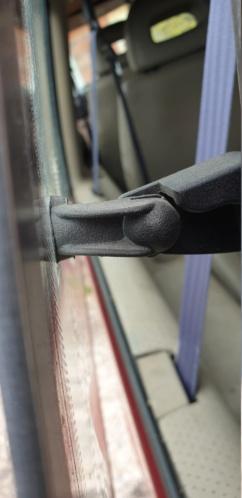 Attache de vitre custode ar électrique 20200818