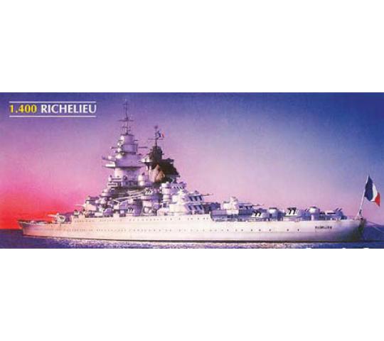 Cuirassé le RICHELIEU Réf 81086 Richel10