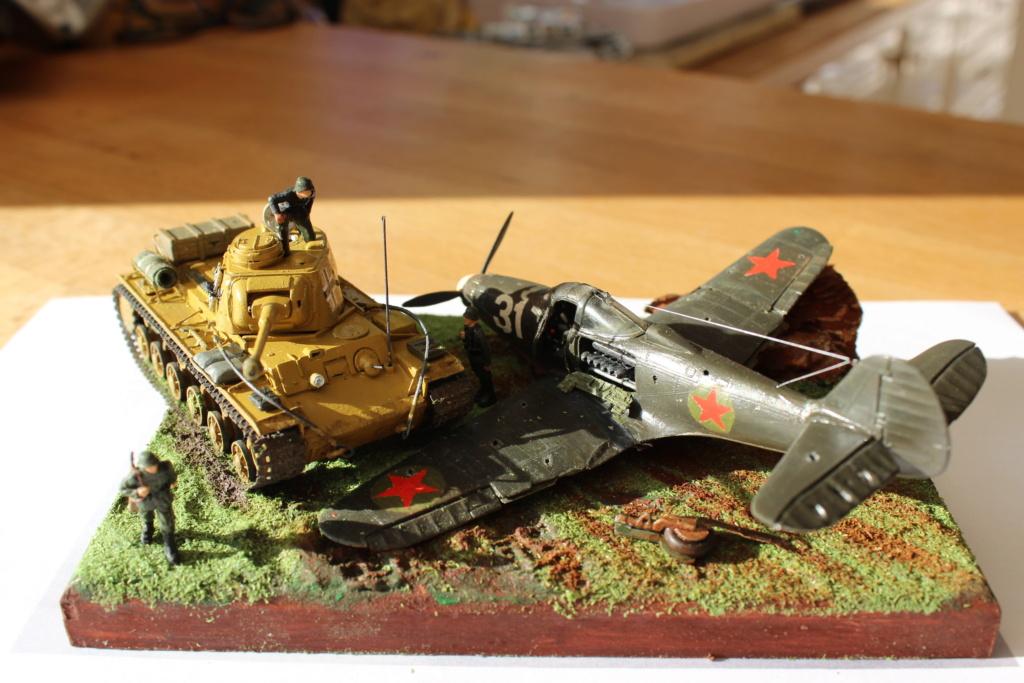 [Tamiya] Vought F4U Corsair / [Dragon] Type 95 Light Tank - Page 2 Img_5756