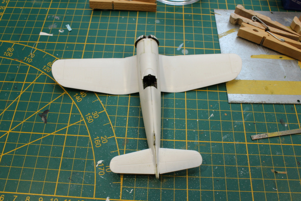 [Revell] Corsair ( Fini) - Page 2 Img_7977