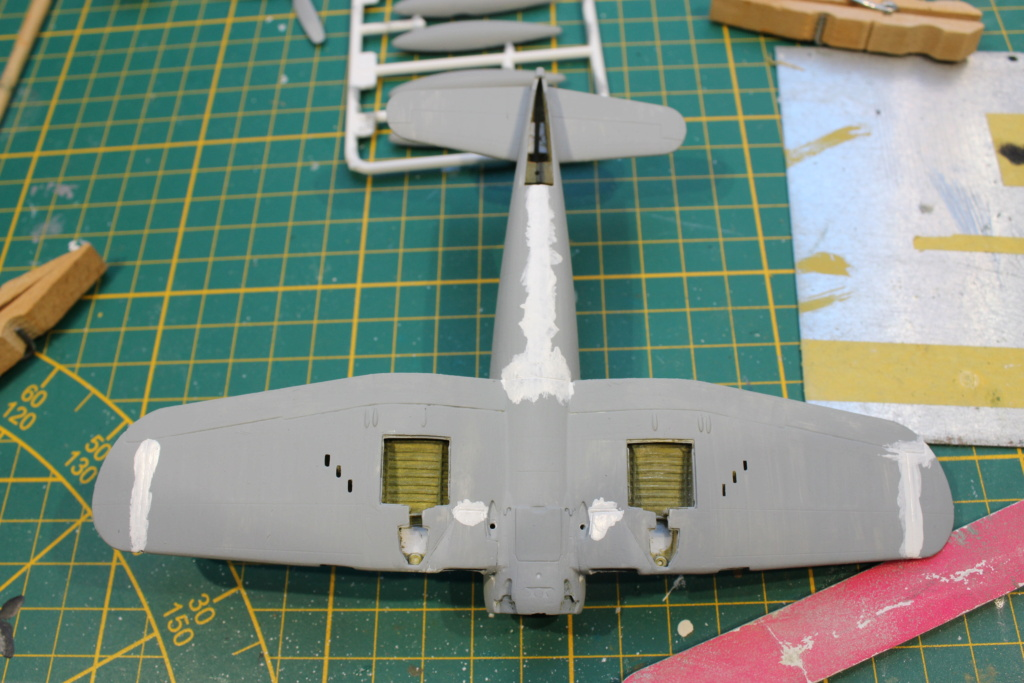 [Revell] Corsair ( Fini) - Page 2 Img_8018
