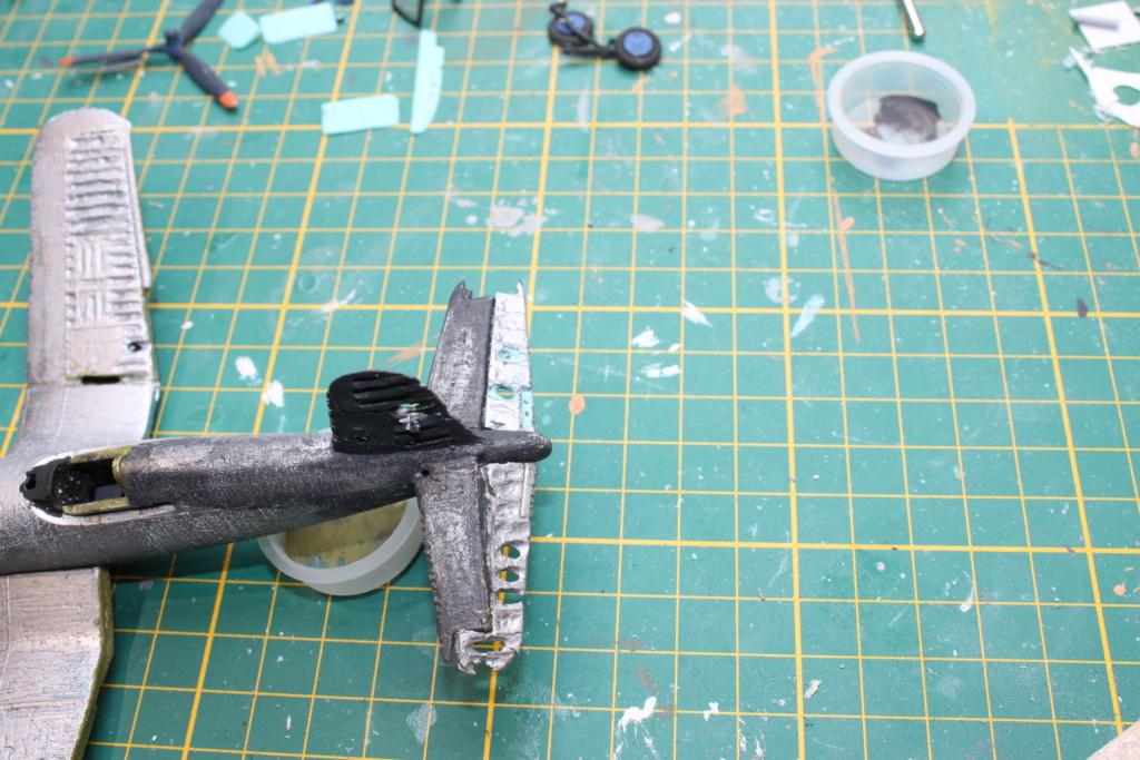 [ Revell ] Corsair essais de rénovation , transformation. FINI Img_8269