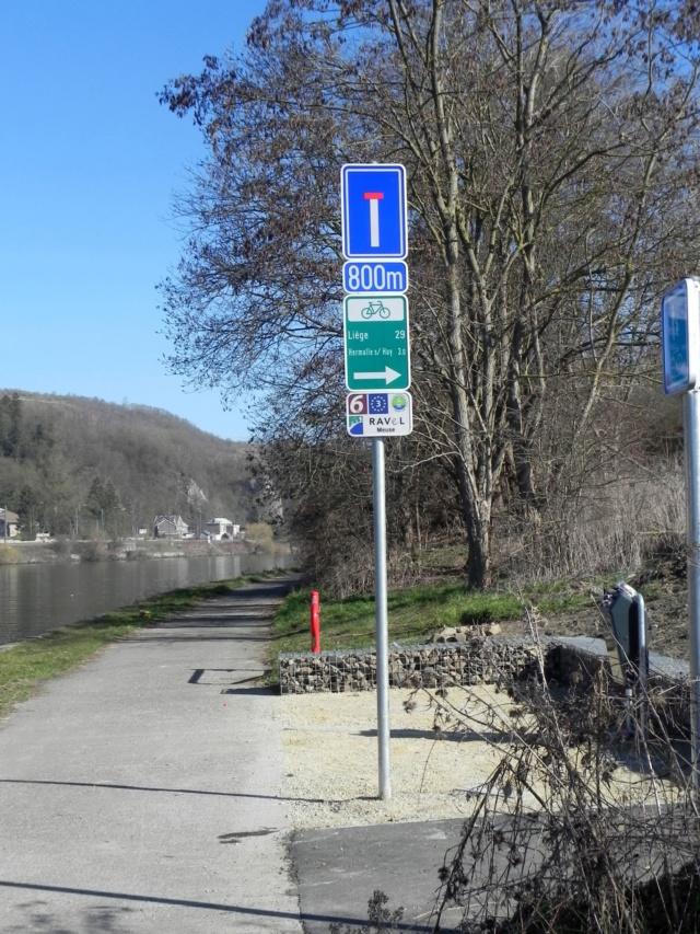 RAVeL 1 Est (Part 5) Ombret - Ivoz-Ramet (Par la route) - Eurovelo 3 - Itinéraire n°6 - La Meuse à vélo Dscn0032