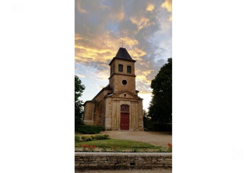 Église Saint-Pierre de Senozan Le-pub10