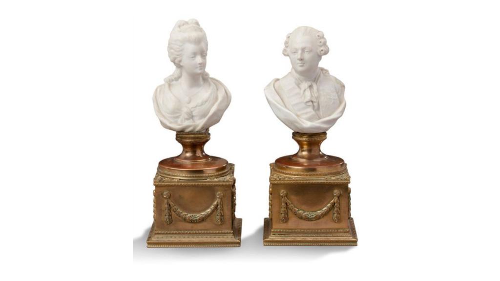 A vendre: Louis XVI et Marie Antoinette - Page 6 Zvale210